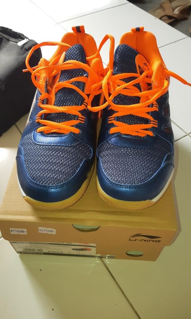Sepatu Badminton Li ning Terjangkau