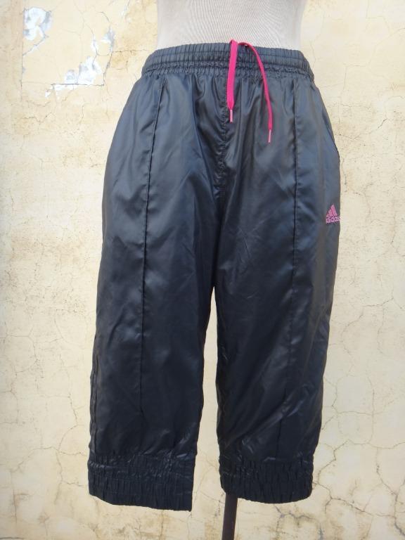 正品 ADIDAS 黑色 縮口五分運動褲 size: M