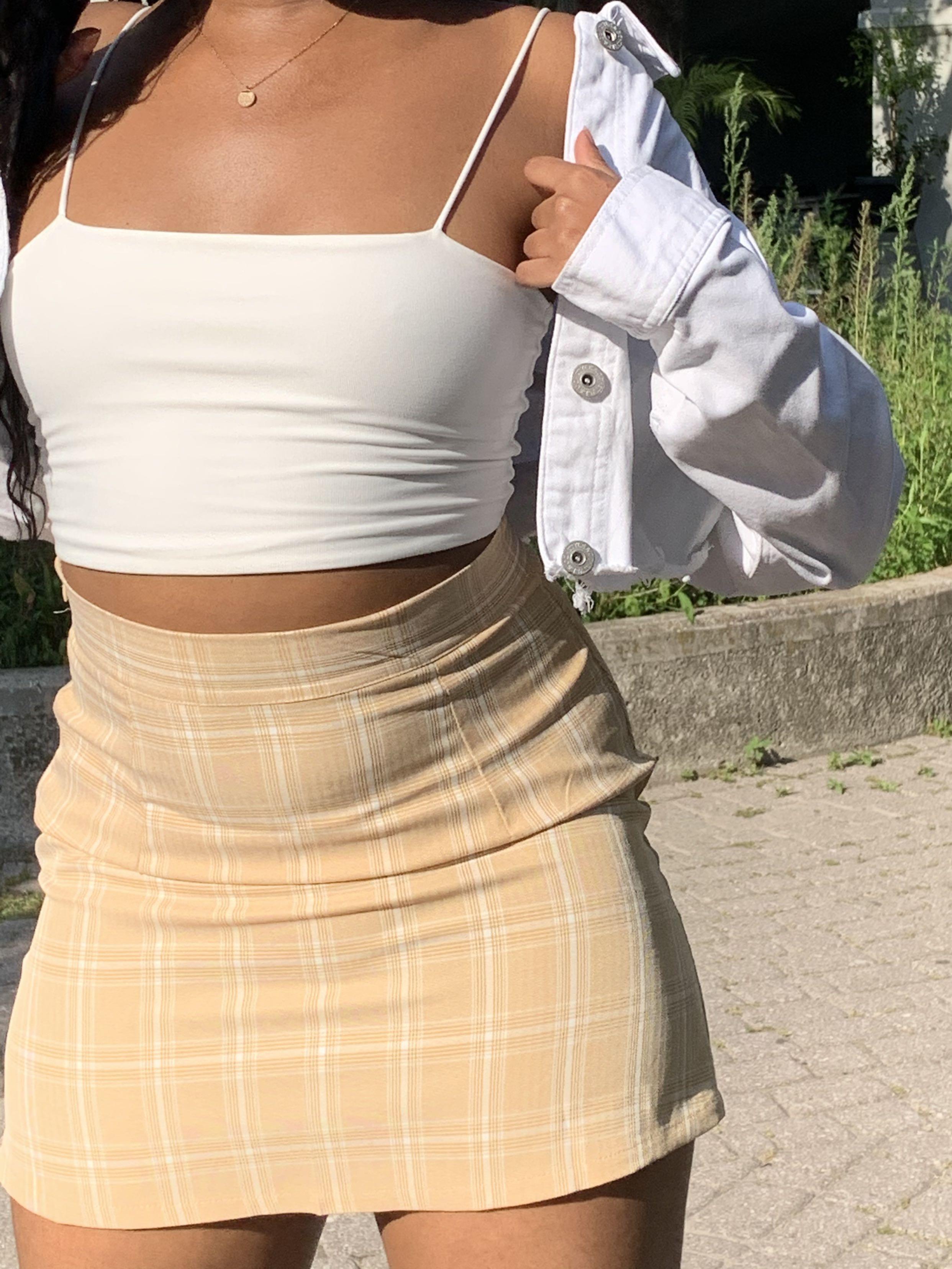 Cute Yellow plaid skirt