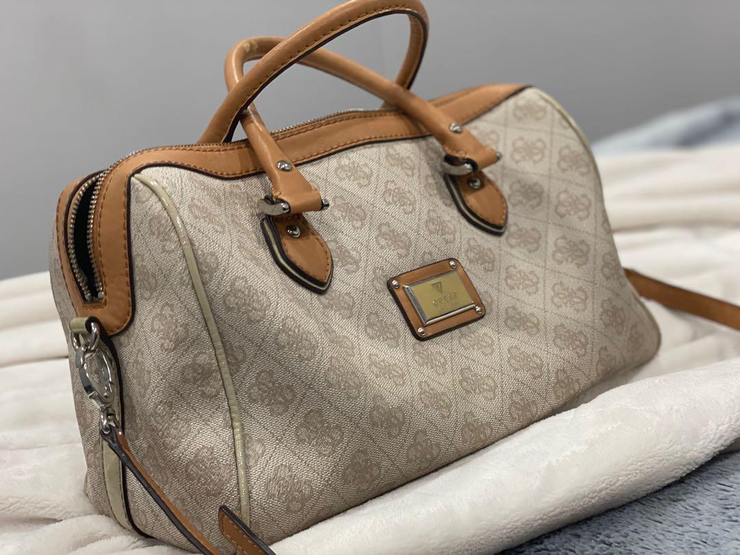 Guess duffel handbag - small