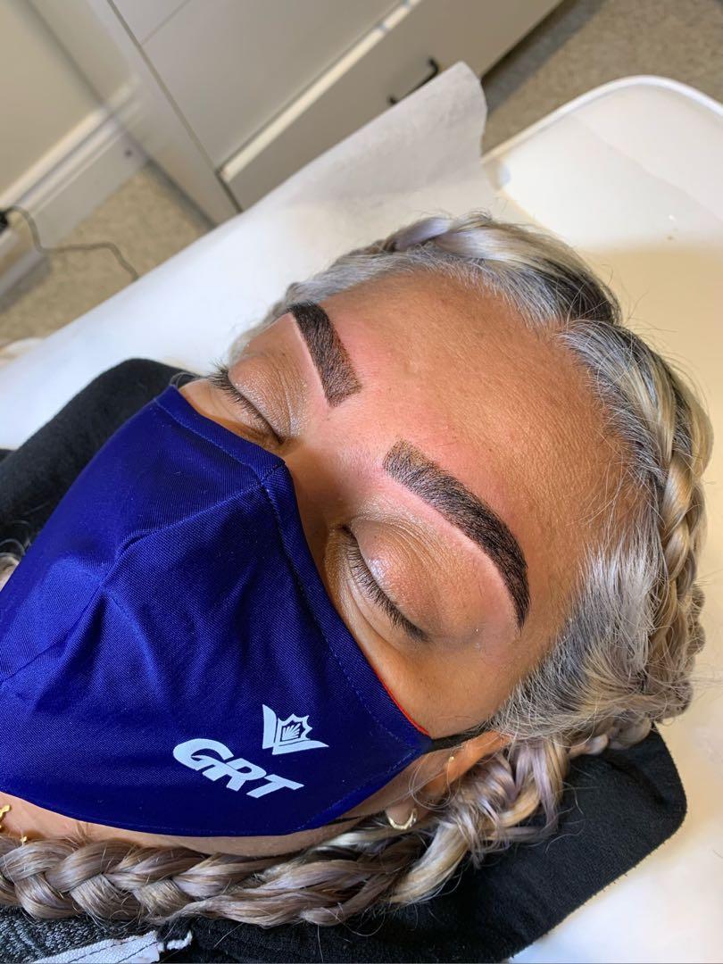 Henna Brows & Waxing