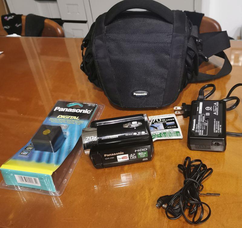 Panasonic H90內建80G硬碟攝影機