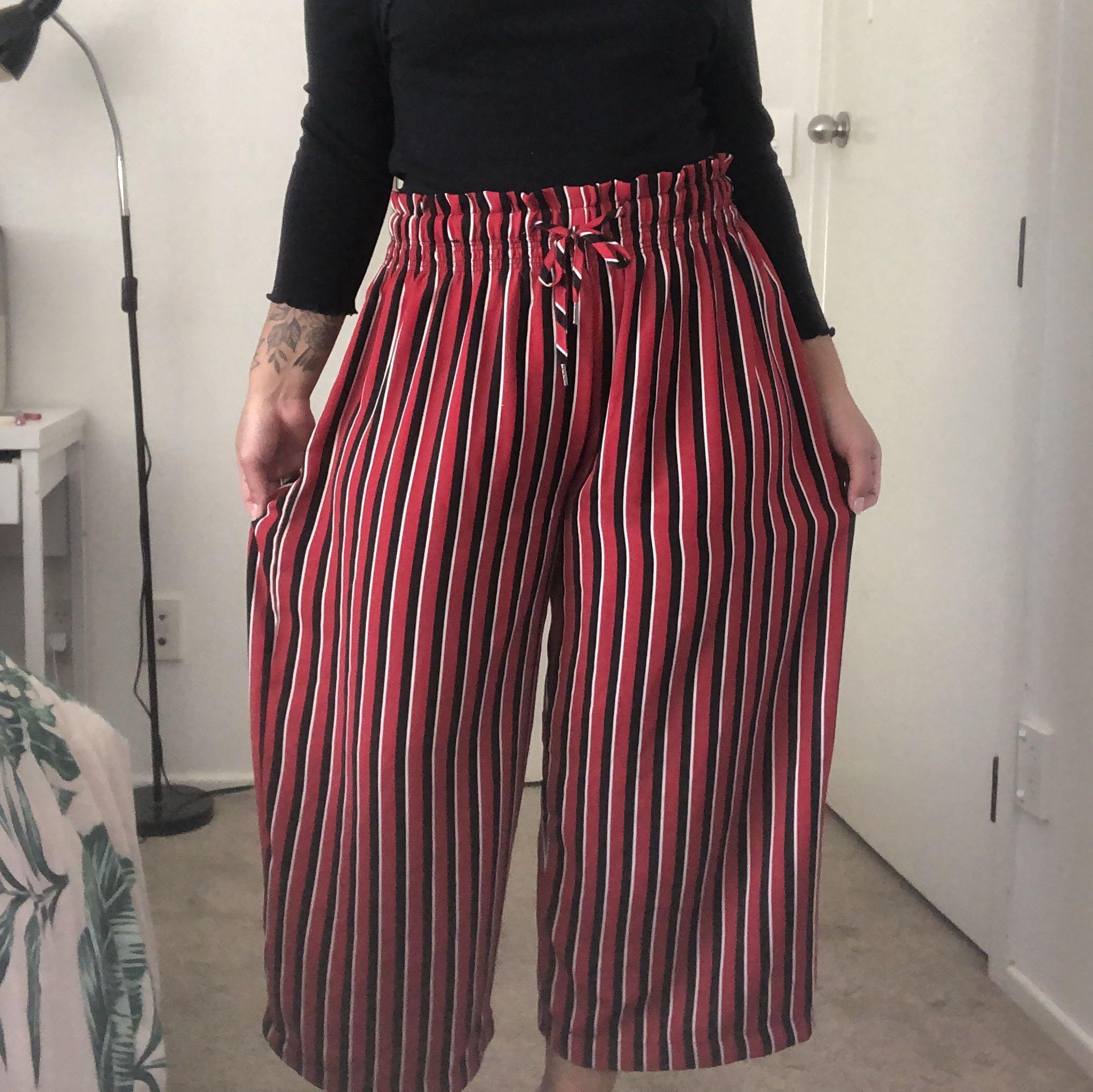 Red striped wide legged pant