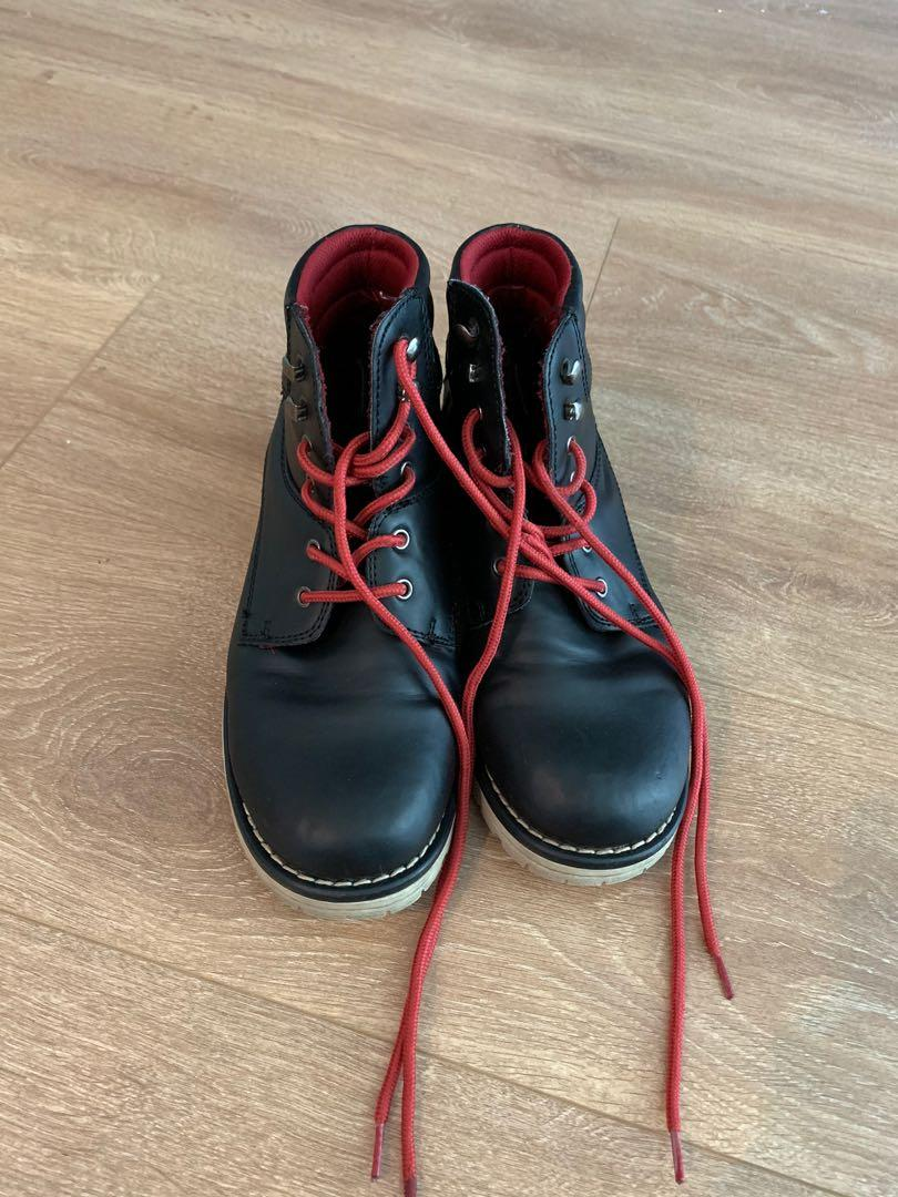 Women's 6 leather boot