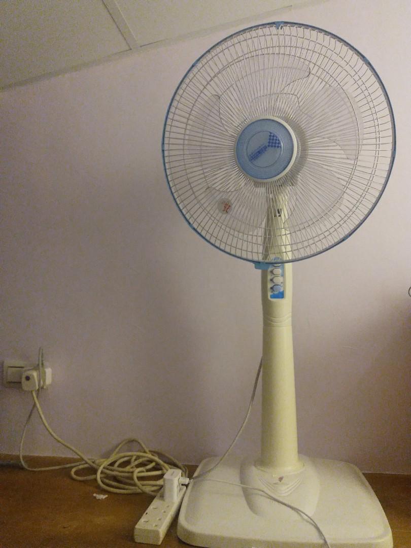山多力站立式電風扇