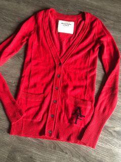 A&f 紅色毛衣外套