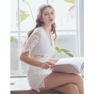Air space 白色蕾絲包臀洋裝