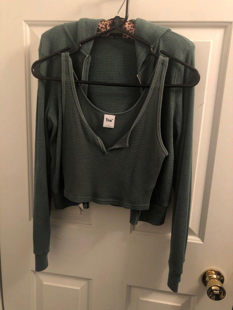 Aritzia Thermal Zip up with matching top