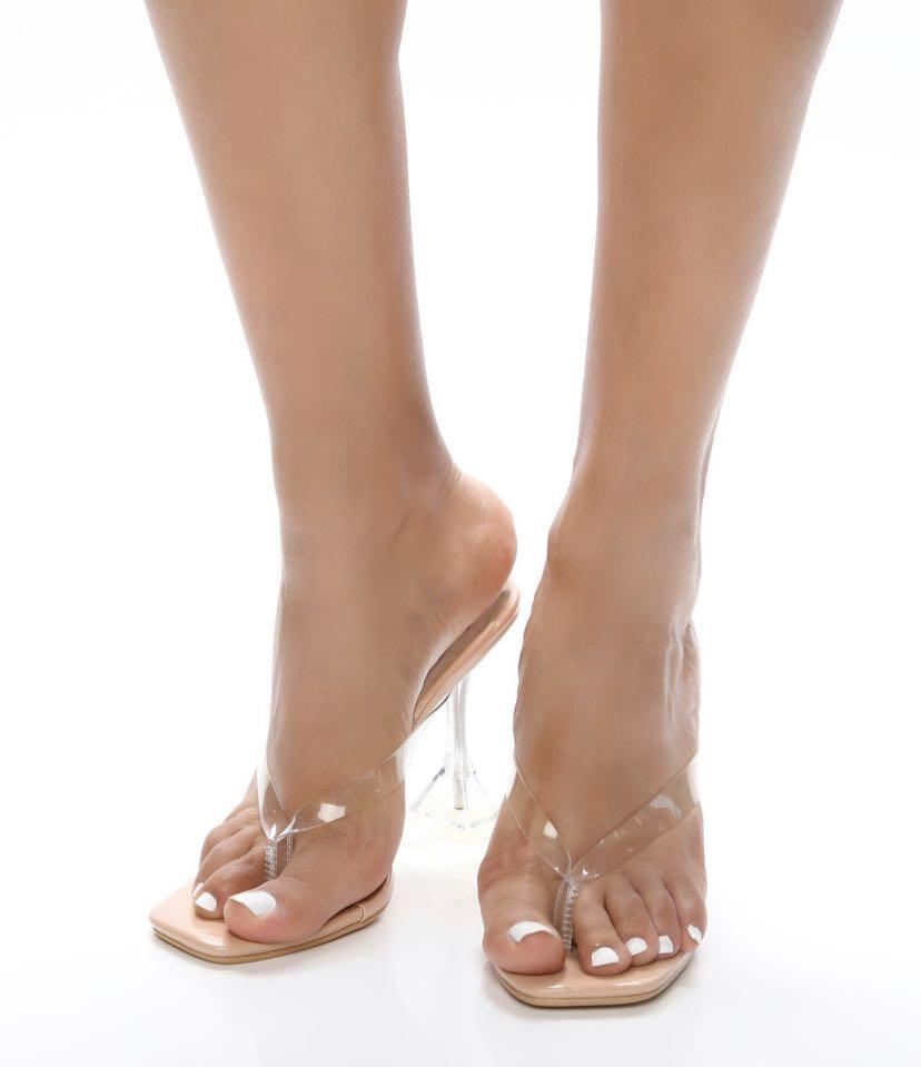 FashionNova - Clarity heeled sandals