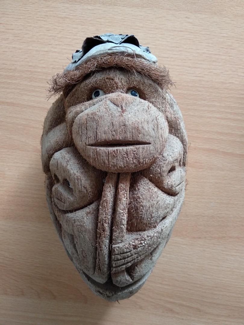 Pajangan monkey