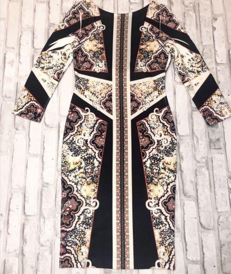 3/4 sleeve pattern mini dress