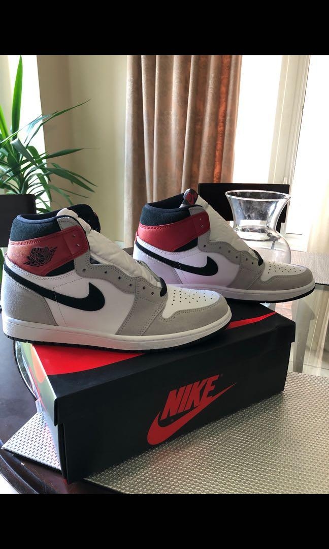 Air Jordan 1 smoke grey