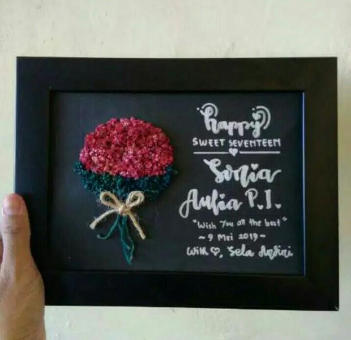 Gift custom edelweis in frame