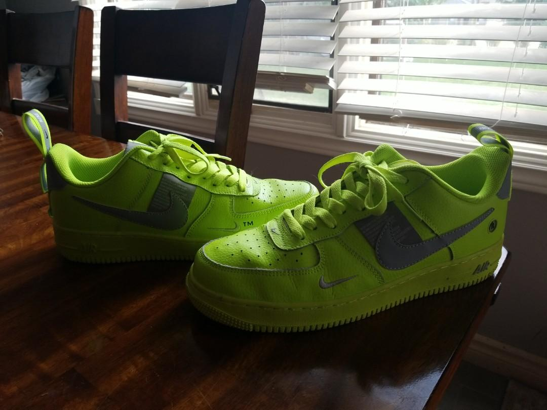 Mens size 10 Nike air force 1 utility volt 2