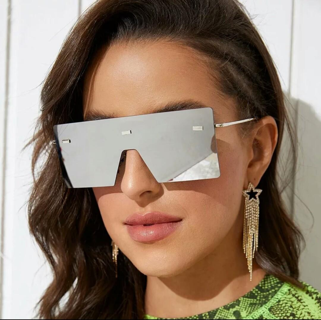 NEW Silver Mirrored Oversized Sunglasses