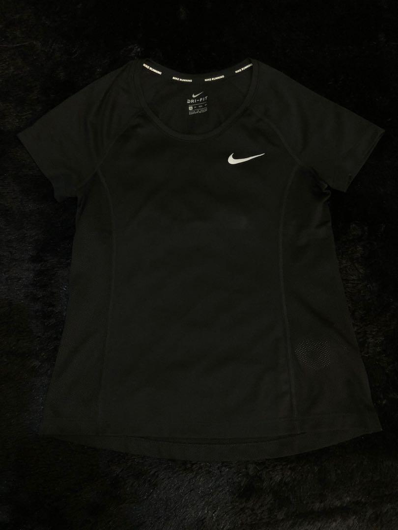 Nike running tee 200k
