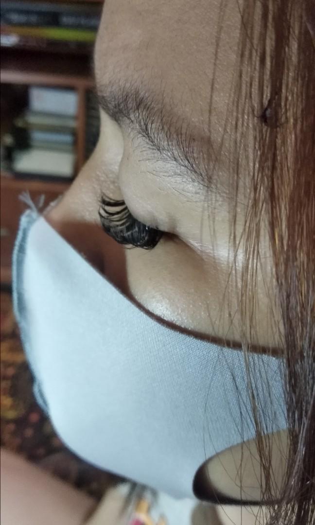 Eyelases extension