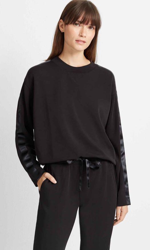 Black sweatshirt (L-Black)