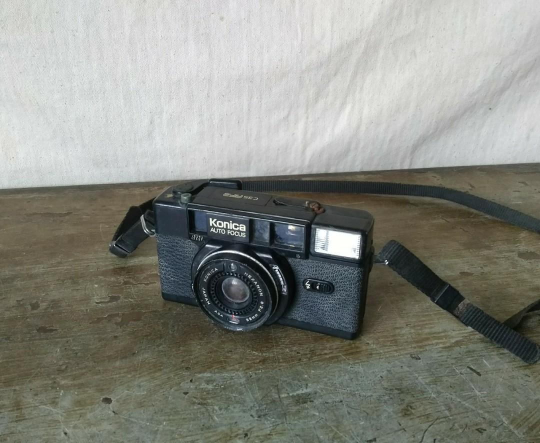 Konica C35AF2  底片相機 —古物舊貨、懷舊古道具、擺飾收藏、早期攝影相機