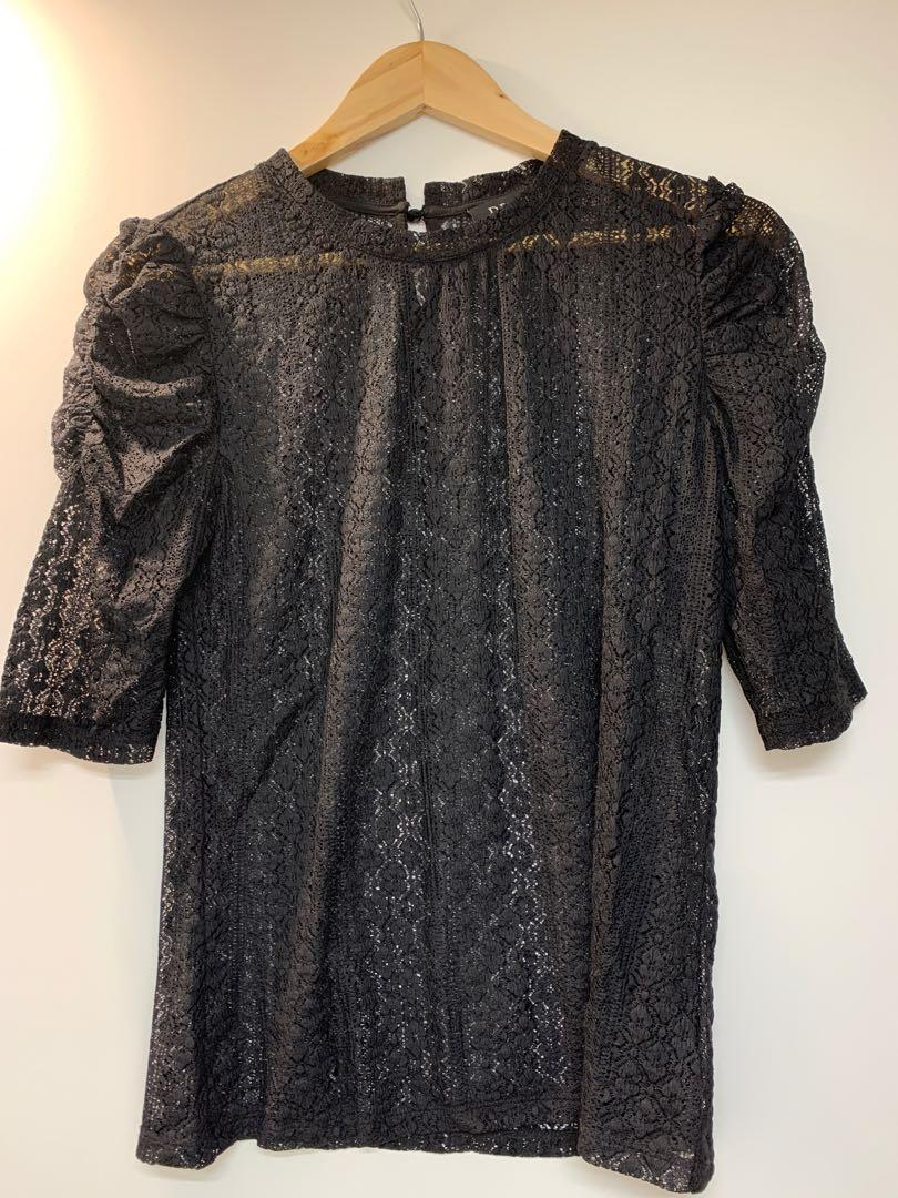 lacy puff sleeve top
