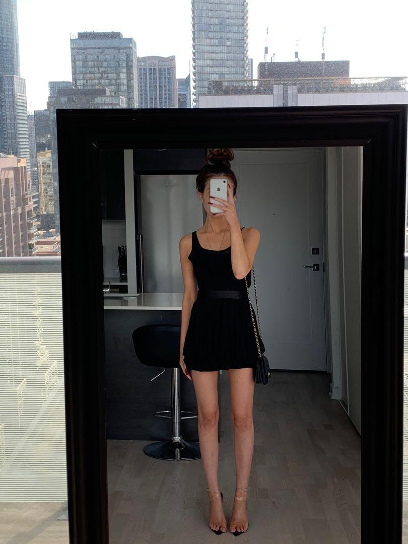 Little Black Dress - Lace & Bow Details XS