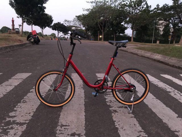 Sepeda Minion Phoenix 20