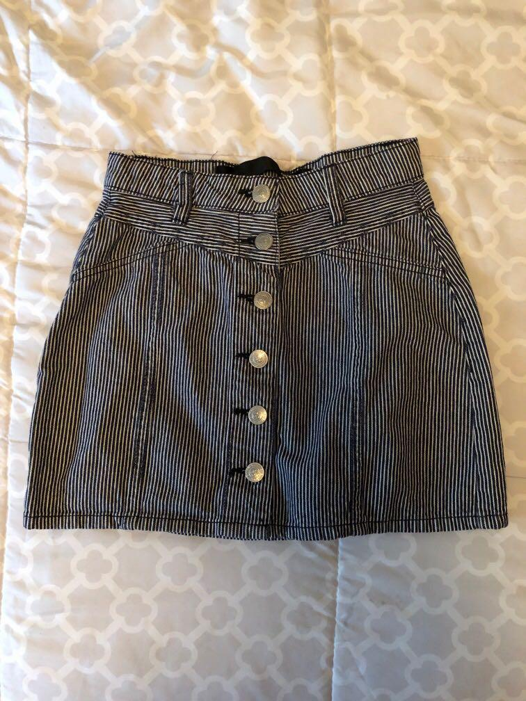 Stripped denim skirt
