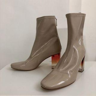 Zara 限量款 漆皮 裸色 漸層色 靴  (8.8成新)