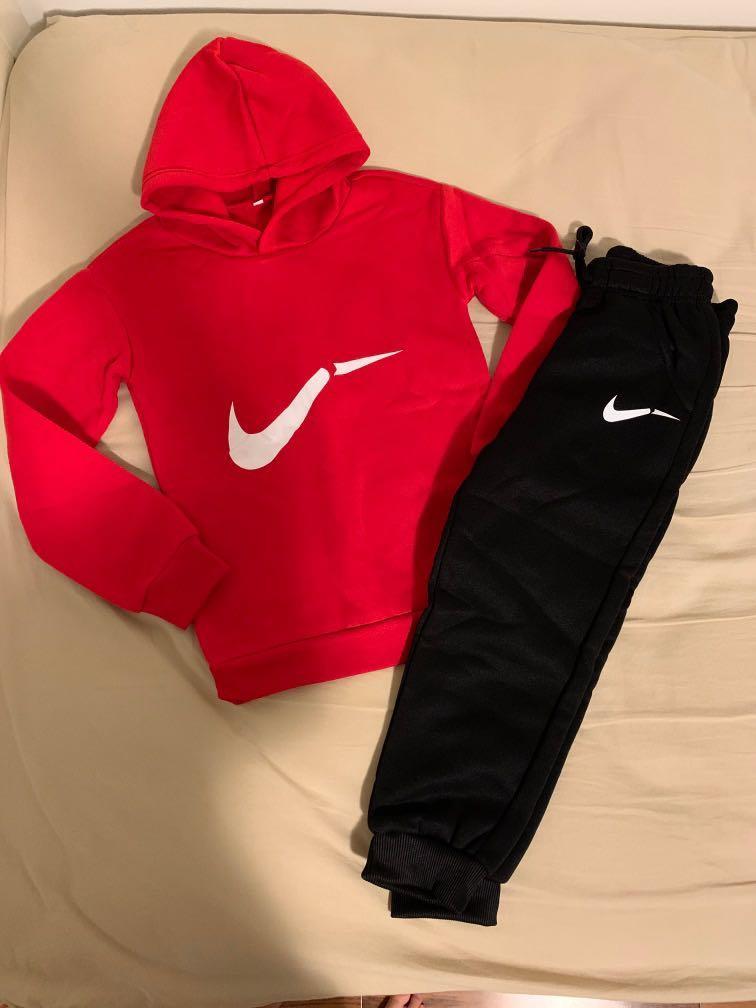 BNWT Unisex Nike Sign Sweats Set
