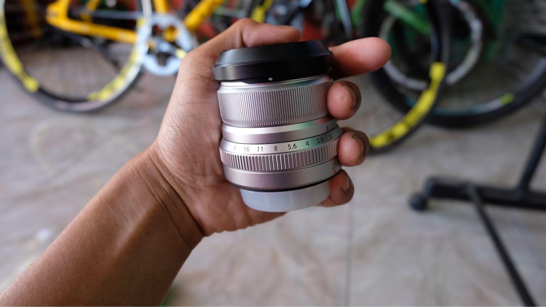 Lensa fujinon xf23mm