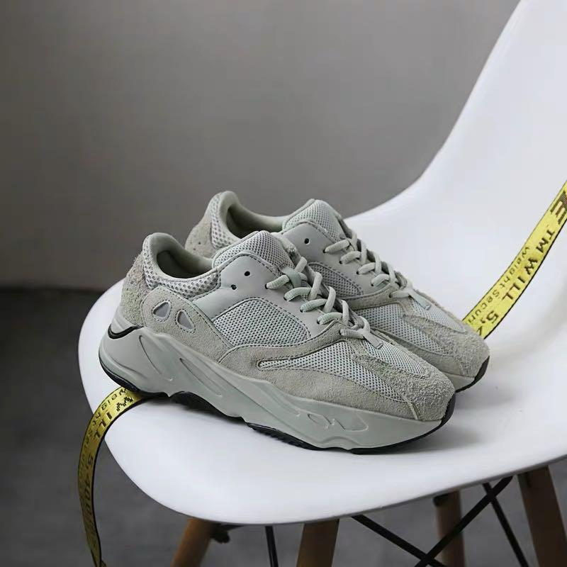 New Value Yeezy 700 sport n gym shoes
