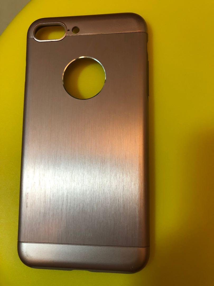 iPhone手機殼一個+ IPad Mimi 保護膜