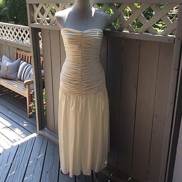 Holt Renfrew beautiful classic cream dress.....Reduced!!!