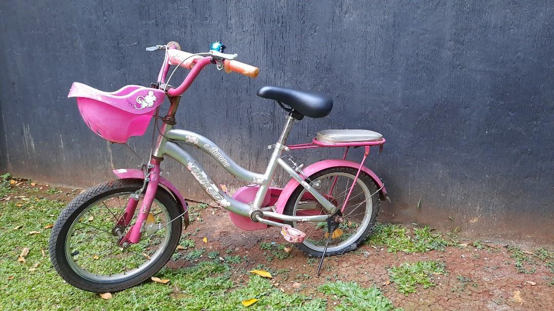 Sepeda anak Merek United