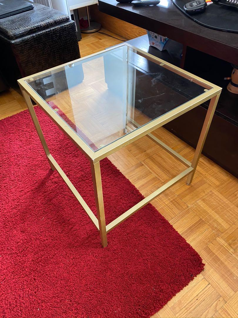 Set glass coffee table and side table