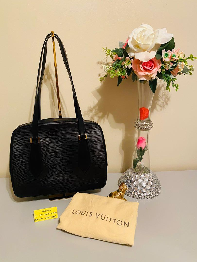 Authentic LV epi black