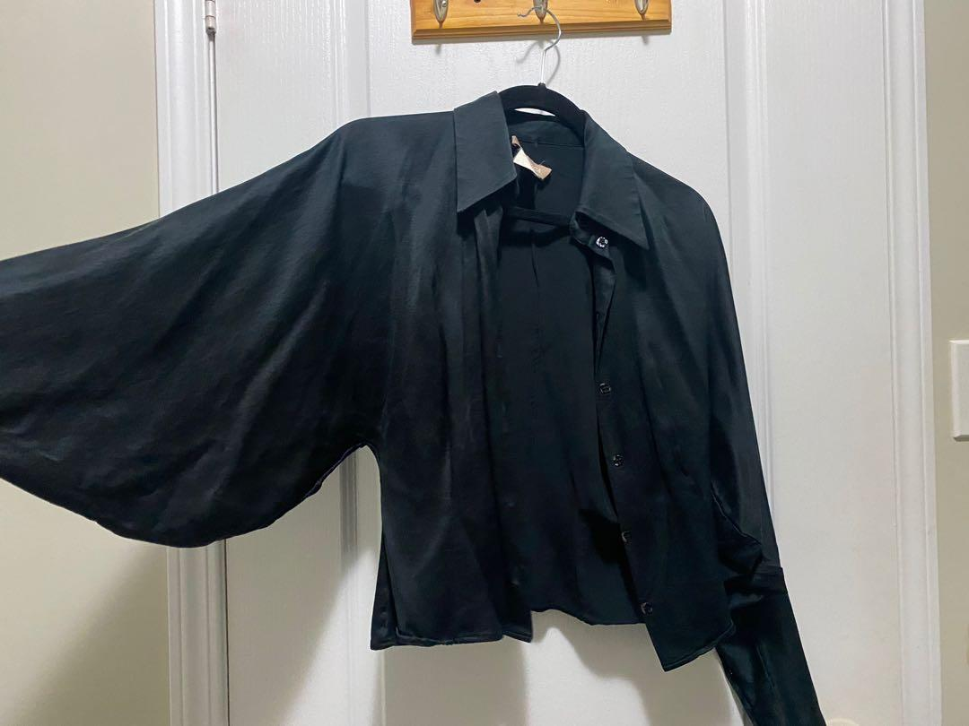 Black blouse with bat-wing sleeves (S)