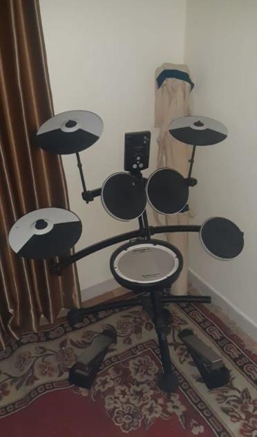 Drum Roland TD-1KV