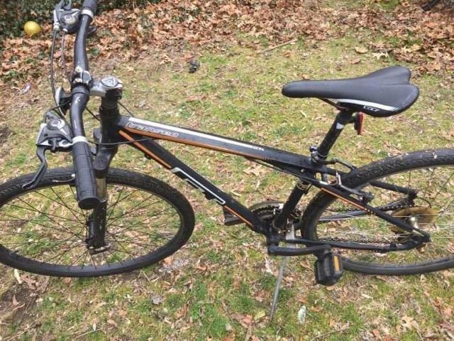 GT Transeo Hybrid bike