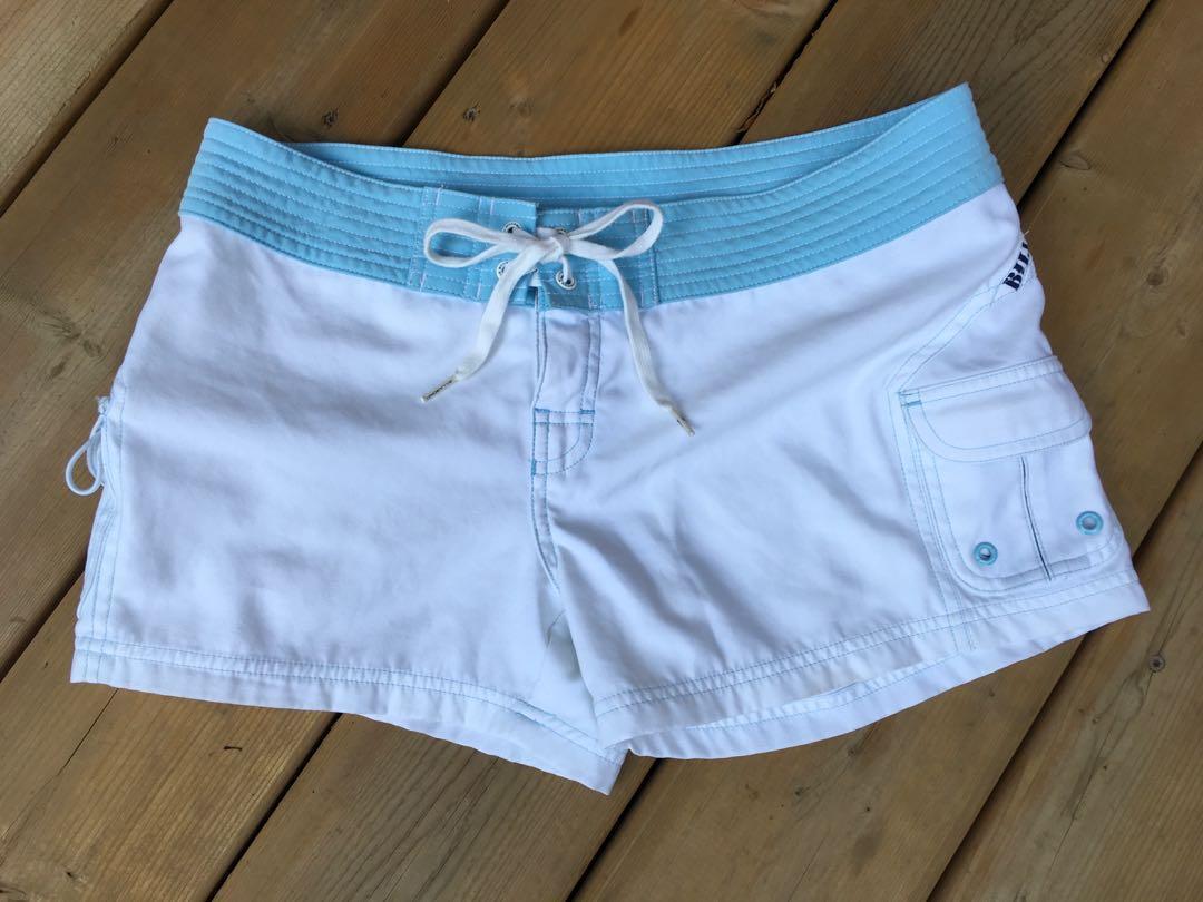 New Billabong sports shorts
