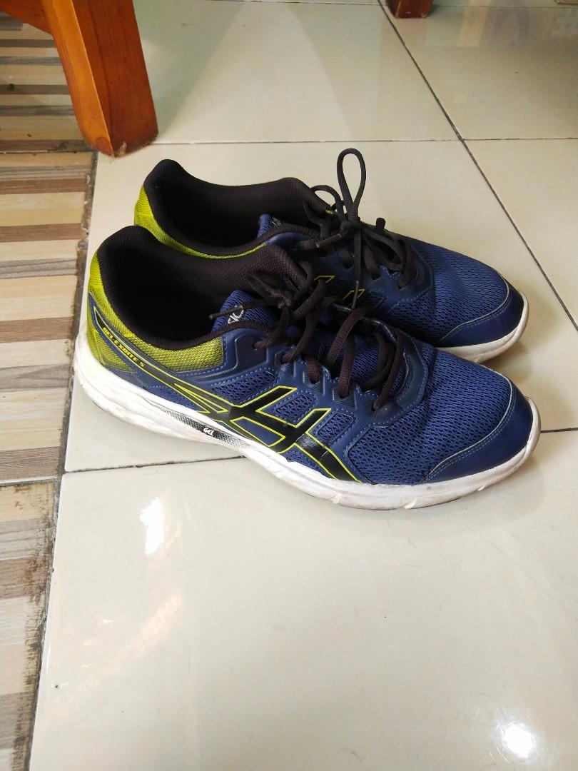Sepatu running asics gel size 44 fit 43