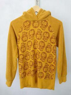 Sweater Uniqlo UT Lisa Larson Pullover Hoodie