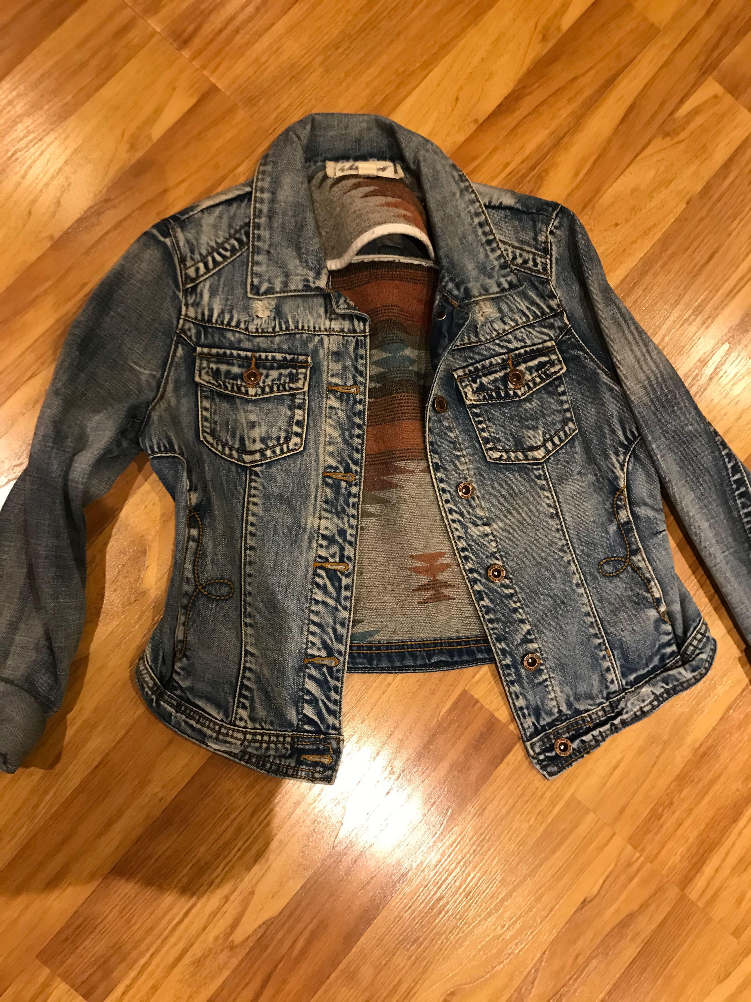 White crow jean jacket size small