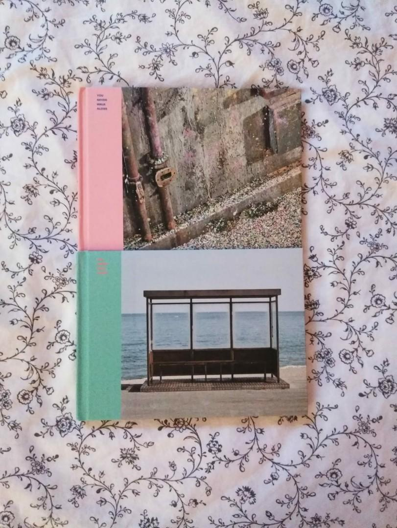 BTS: YNWA Albums: Left (torquise) + Right (pink)
