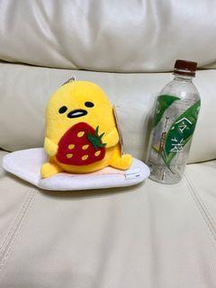 蛋黃哥六吋草莓玩偶