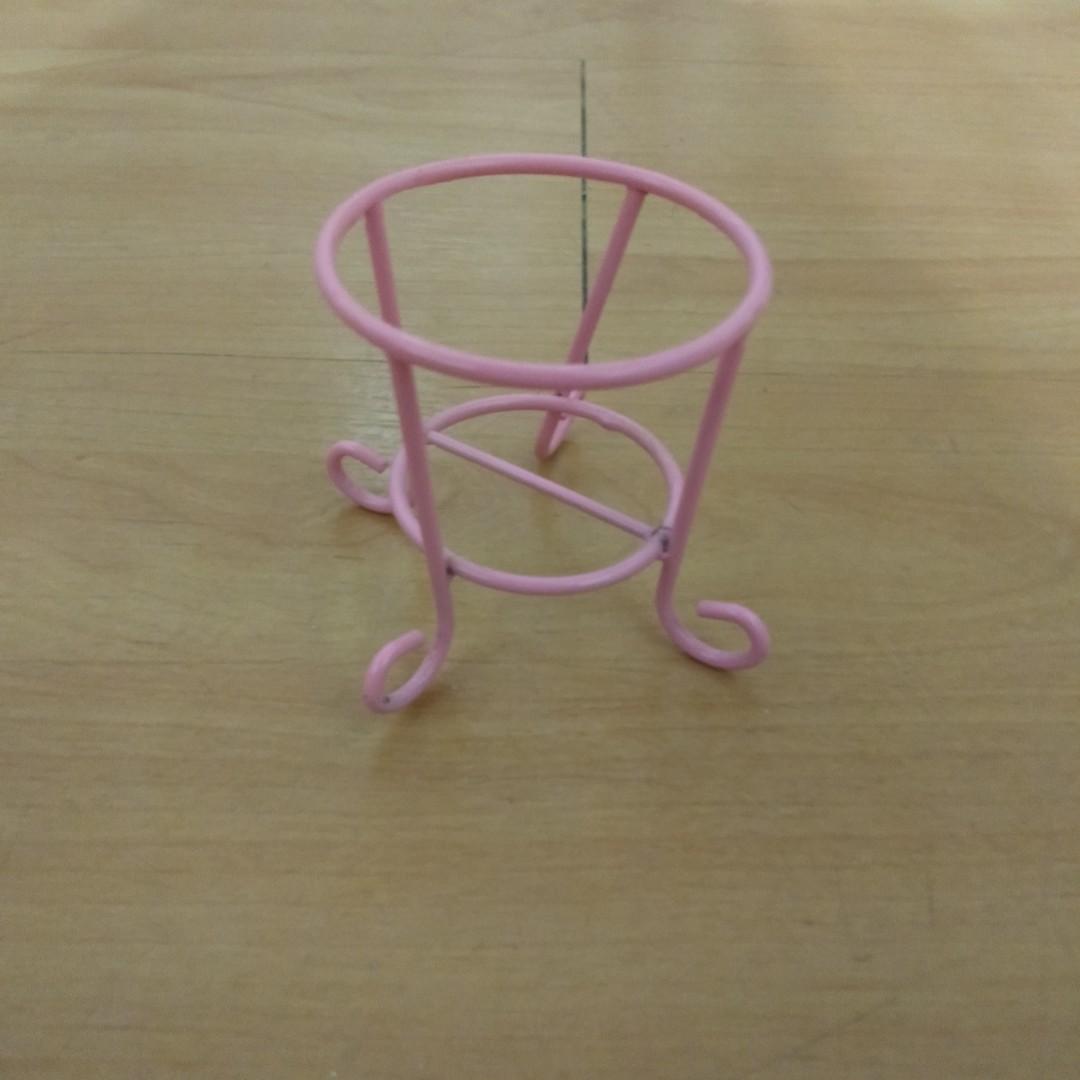 粉色美妝蛋架