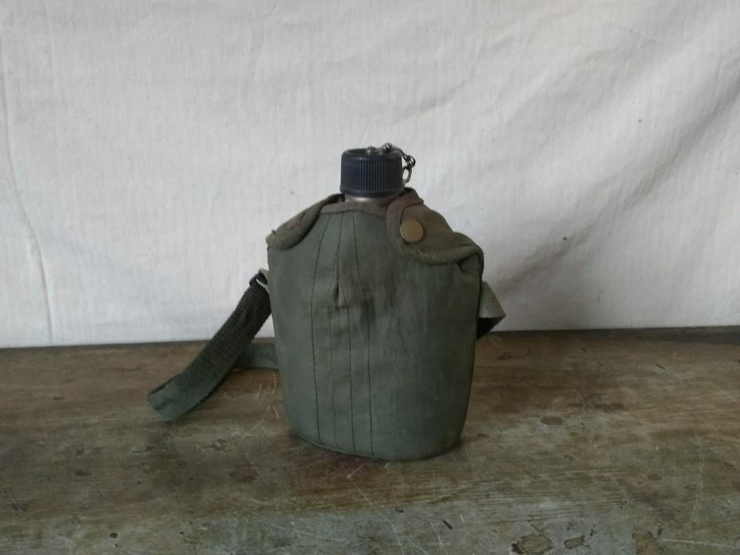 「金獅」軍用不鏽鋼隨身水壺 —古物舊貨、早期民藝、古道具收藏