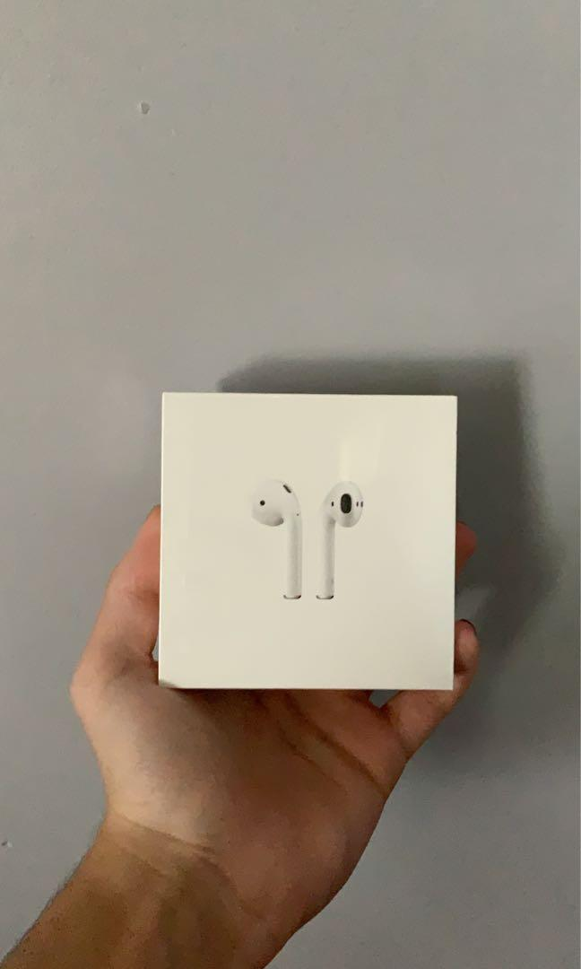 Airpods (brand new sealed)