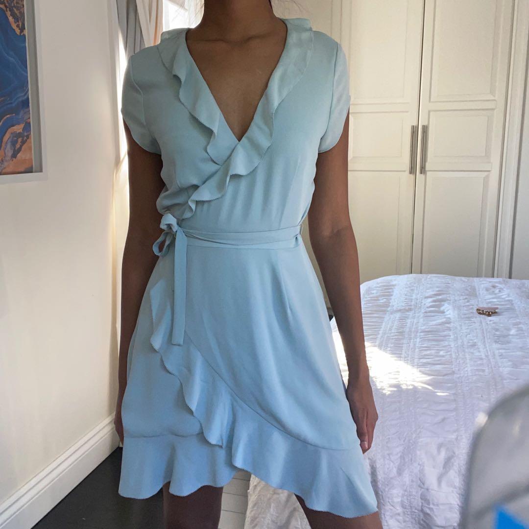 Aritzia Sunday Best Savoy ruffle wrap dress