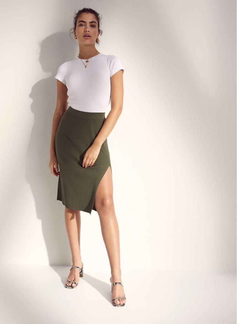 Aritzia Wilfred Knit Slit Skirt